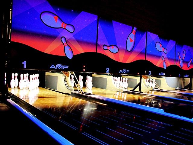 bowling_24